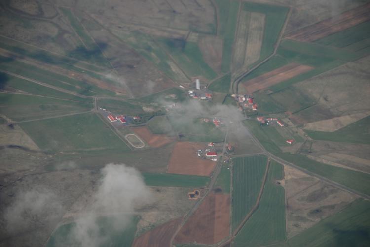 Flygbild över isländsk by