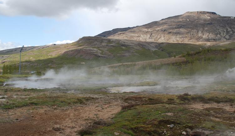 Det mest kända gejsern finns vid platsen som också heter Geysir