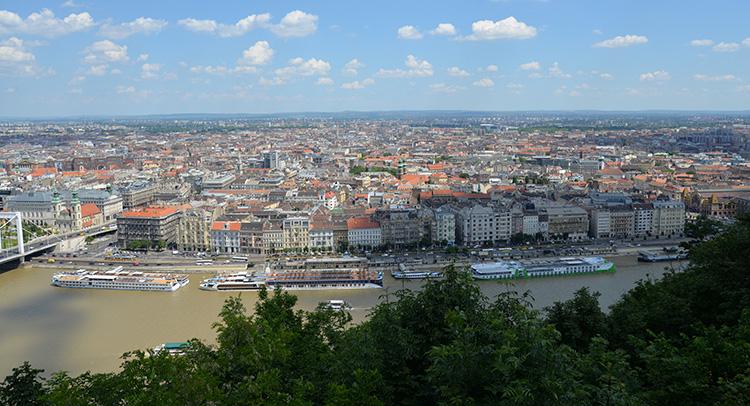 Utsikt från Budasidan mot Pest