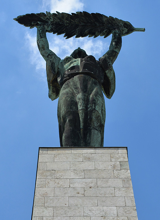 Frihetsstatyn till minne av alla som offrade sin självständighet för Ungern.