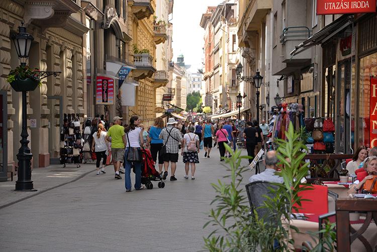 Gågatan Váci utca