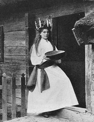 Bild från Luciafirande på Skansen i början av nittonhundratalet.