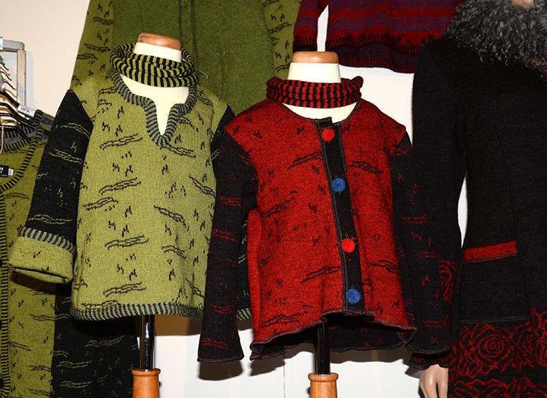 Barntröjor i ull  från Gotlands strumpfabrik