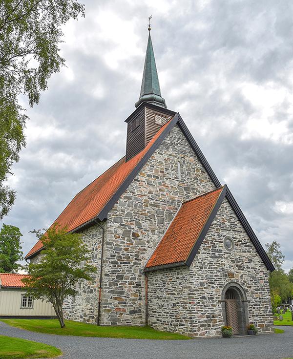 Norge-20-stiklestad-kyrka-5